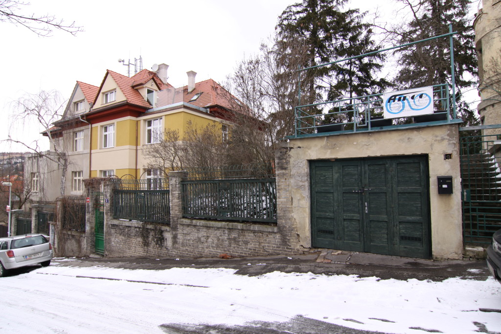projekt rekonstrukce stareho prvorepublikového domu Praha 5