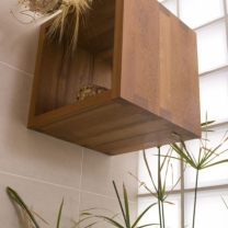 Dřevěný, teakový koupelnový nábytek R04