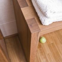 Dřevěný, teakový koupelnový nábytek R06
